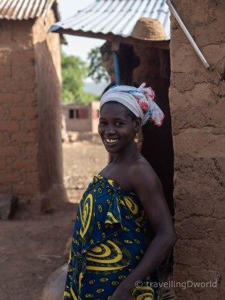 Mujer en una aldea de Burkina Faso