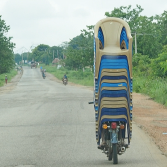Transporte de sillas en Nigeria