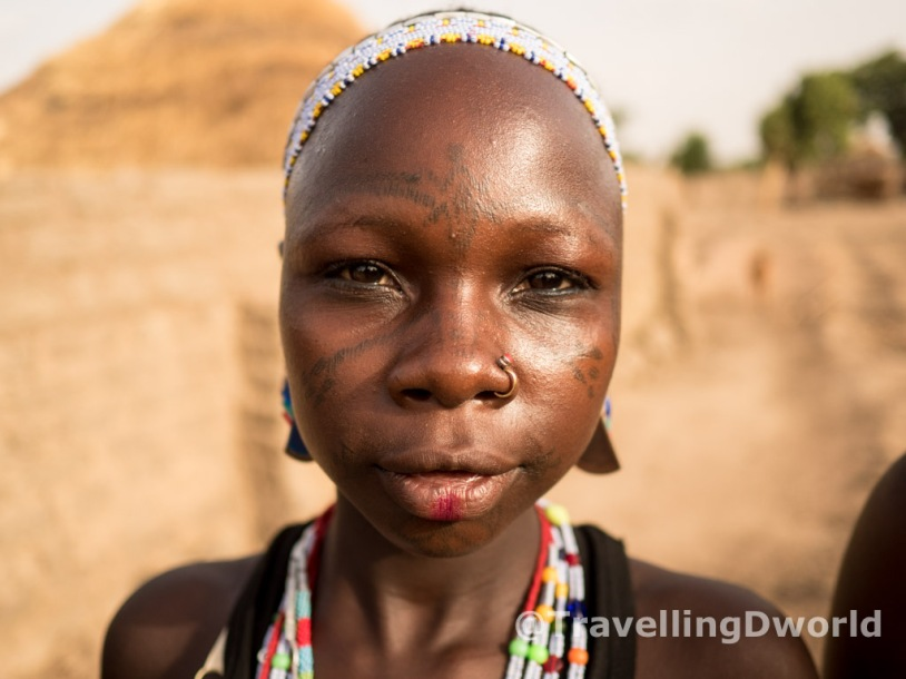 chica etnia Kamberi, Nigeria