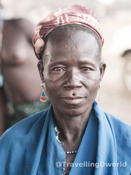 Mujer de la etnia Kamberi, Nigeria